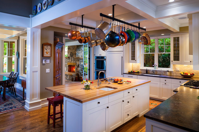 10 Bright Ideas For Displaying Pots And Pans