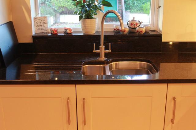 Bone white shaker kitchen traditional kitchen for Bone white kitchen cabinets