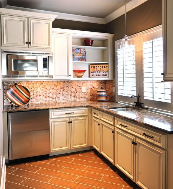 Bonus Room Kitchenette Traditional Kitchen Nashville