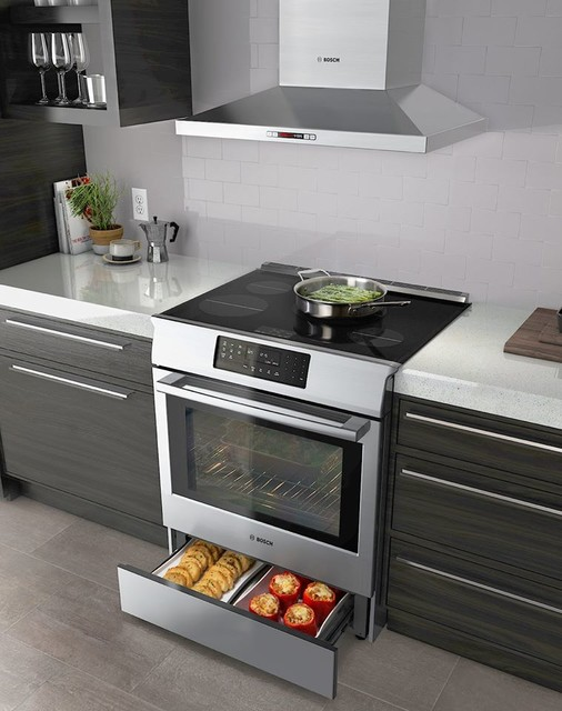 Bosch Hood And Oven With Warming Drawer American Traditional