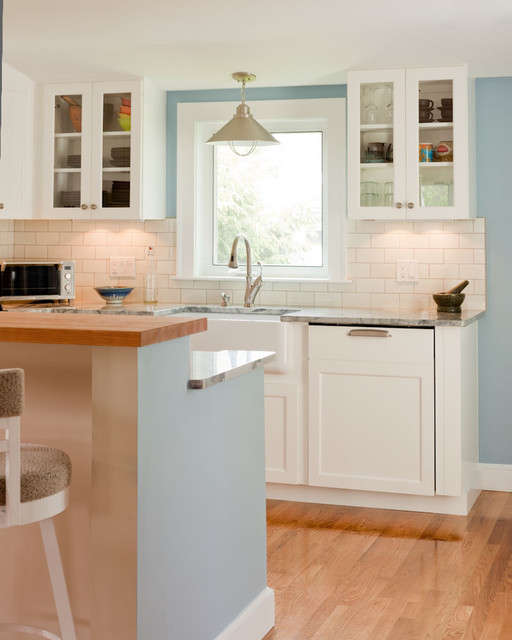 Boston Green Building traditional kitchen