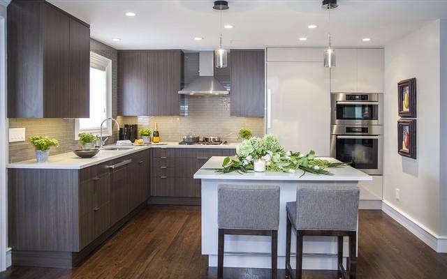 Boston row house brownstone for Brownstone kitchen ideas