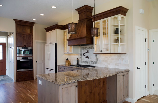 Bottjen Kitchen Traditional Kitchen Minneapolis By Kitchens By Design