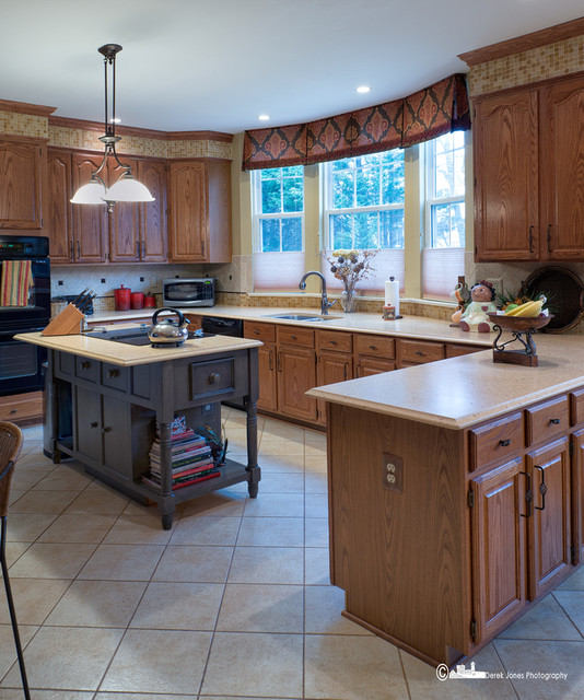 Bowie Beautiful! traditional-kitchen