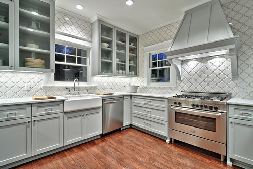 Create Elegance With an Arabesque Tile Backsplash | Home Art Tile Kitchen and Bath