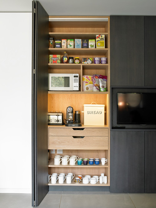 Breakfast cabinet with bi-fold doors