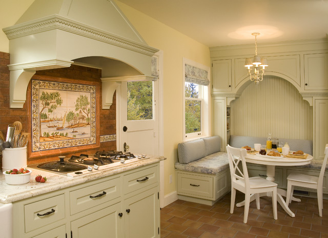Breakfast Nook With Built In Seating And Storage