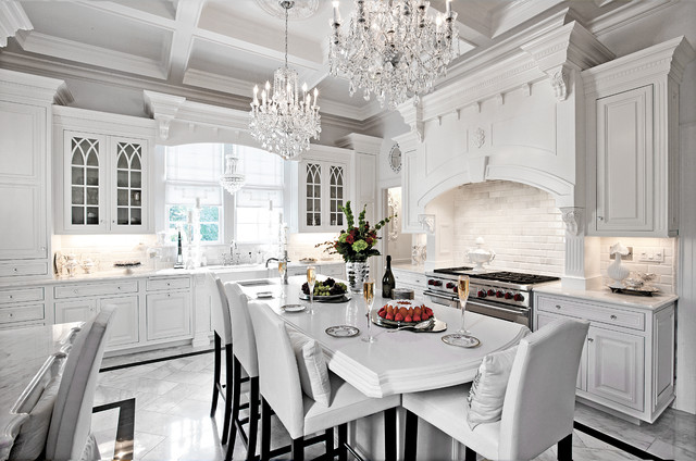 Breathtaking white on white traditional kitchen for Traditional white kitchens