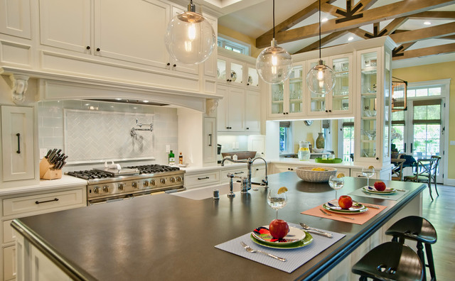 Breezy Brentwood Traditional Kitchen Other Metro