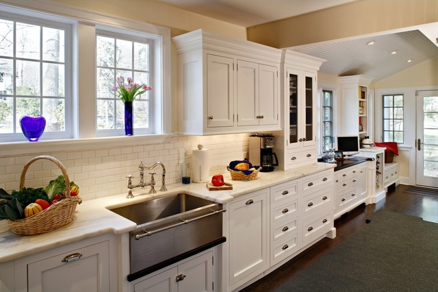 Brenner Kitchen traditional-kitchen