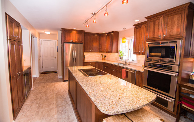 Brentwood Nh Kitchen Remodel Modern Kitchen South East By Bonnevie Construction Inc