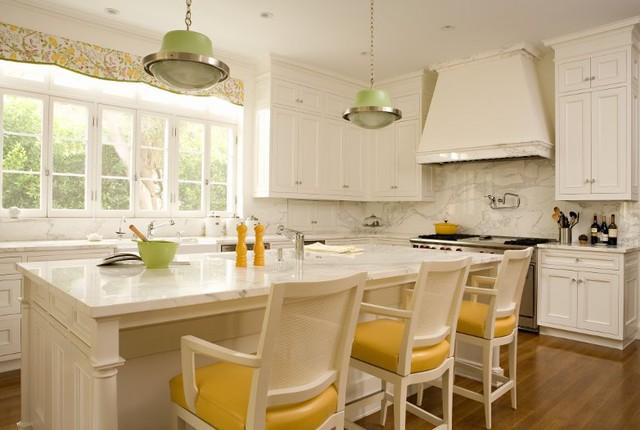 Brentwood Regency Estate traditional-kitchen