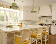 Brentwood Regency Estate traditional-kitchen