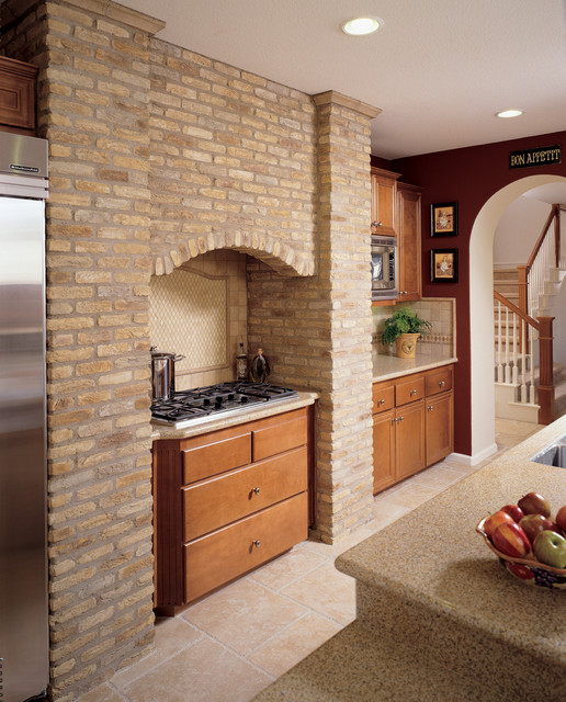 Brick accent wall kitchen for Kitchen accent wall