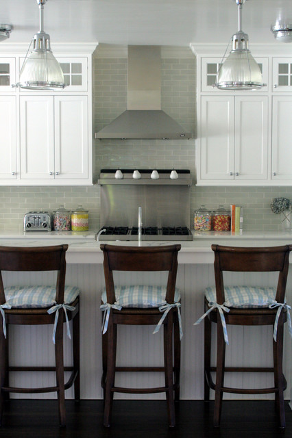 Bridgehampton Classic beach-style-kitchen