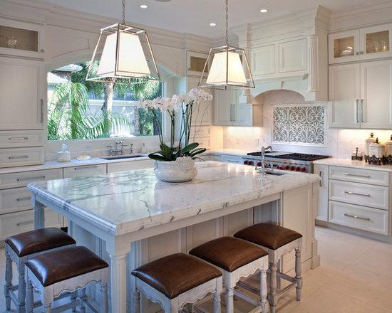 Traditional kitchen island lighting kitchen design ideas for Traditional kitchen lighting ideas
