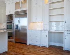 Bright & Crisp Kitchen contemporary-kitchen