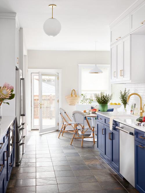 Blue, beach style kitchen