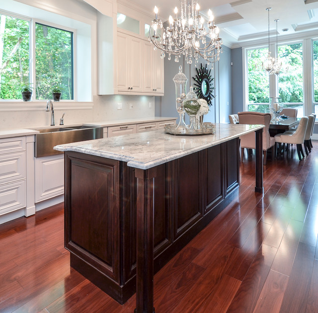Kitchen Cabinets Surrey Bc: Bright And Glamorous Kitchen Vancouver