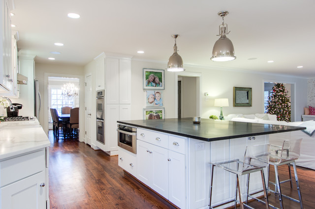 Bright and Modern Dallas Kitchen Featuring WOLF Classic ...