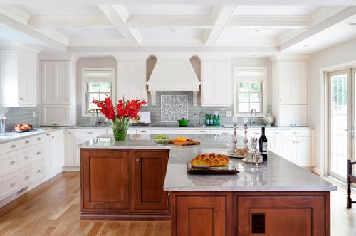 Đảo bếp chữ L thông minh giúp nhà bếp có thêm không gian lưu trữ