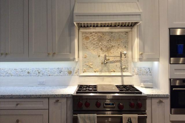 Bright kitchen nautical border and matching backsplash for Nautical kitchen backsplash