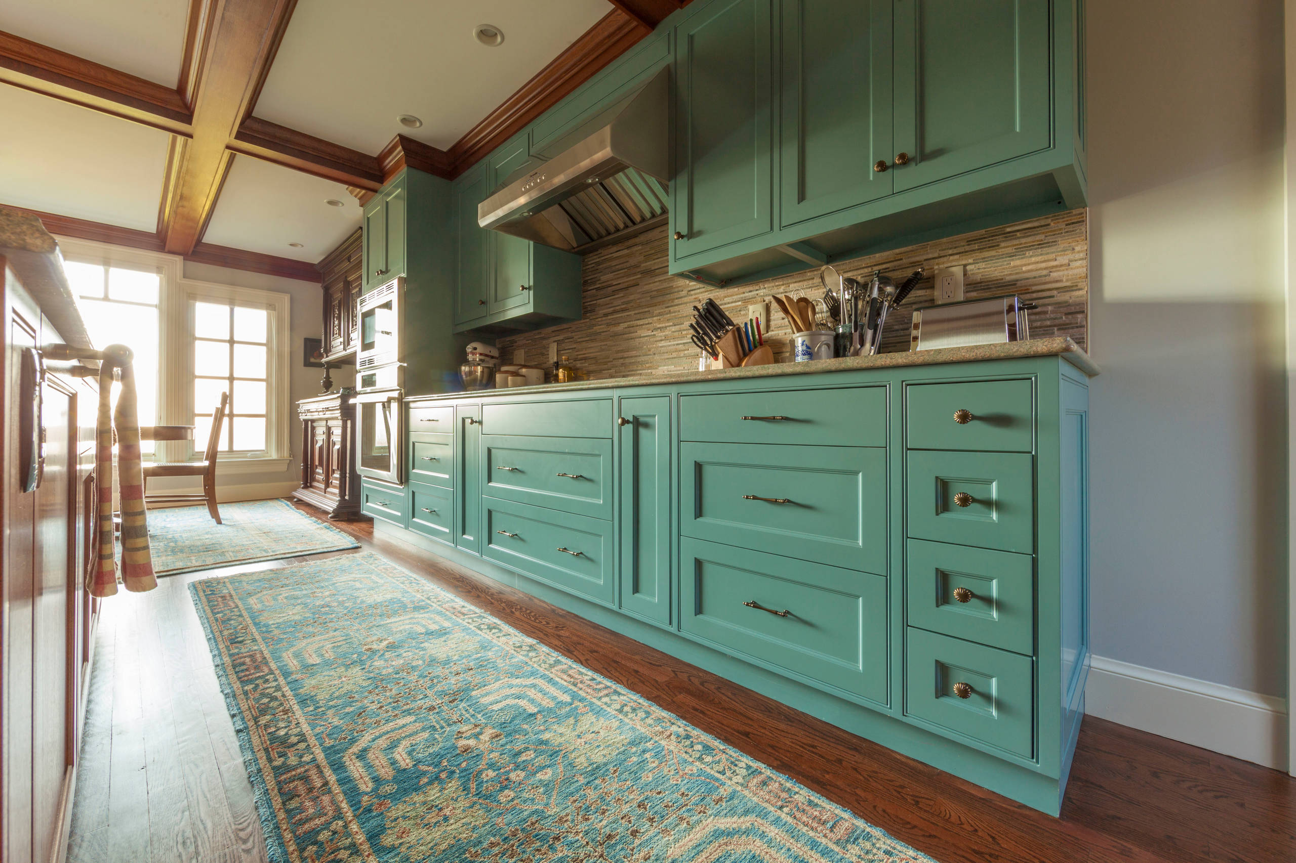 75 Beautiful Kitchen With Brown Backsplash And Turquoise Countertops Pictures Ideas May 2021 Houzz