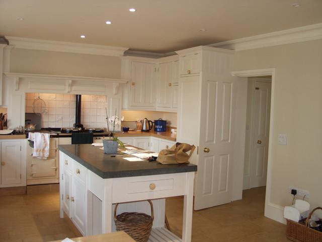 britannia joinery traditional-kitchen