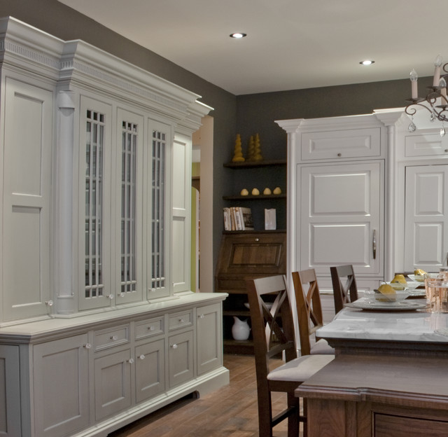 Kitchen Classical Colonial Kitchen Design With Island For: British Colonial Kitchen