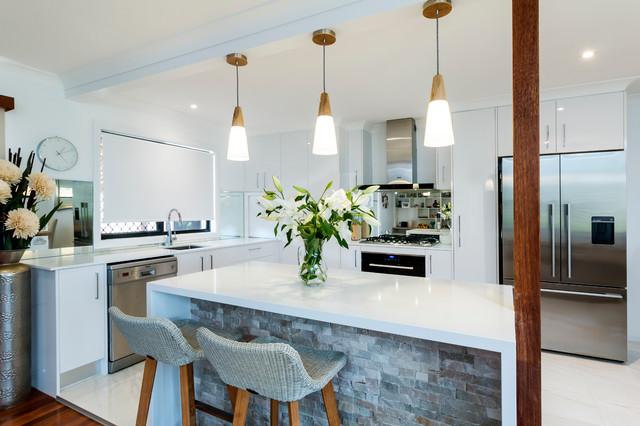 Contemporary  Kitchen  gold coast  tweed  by Donna Guyler Design
