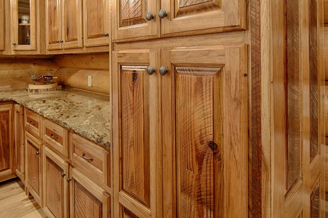 Broken Bow, OK - Rustic - Kitchen - dallas - by Satterwhite Log Homes