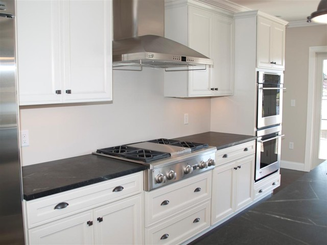 BROM Builders traditional-kitchen