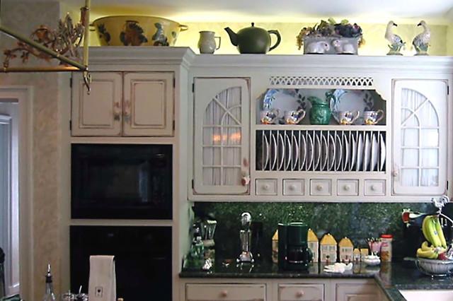 brookline residence - kitchen - dpbk.09 traditional-kitchen