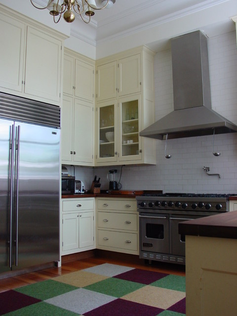 Brooklyn heights kitchen traditional kitchen portland maine by robin amorello ckd caps - Kitchen design portland maine ...