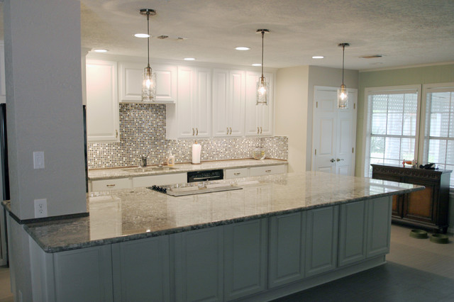 Brookpoint traditional-kitchen