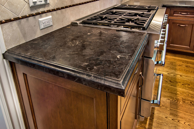 Brown Antique Leather Granite Traditional Kitchen