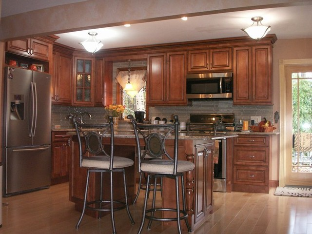Brown kitchen cabinets sienna rope door style kitchen for Kitchen cabinets 75 off