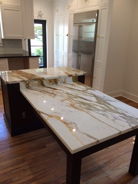 Brown Quartz Kitchen Tops & Calacatta Gold Marble Island ...