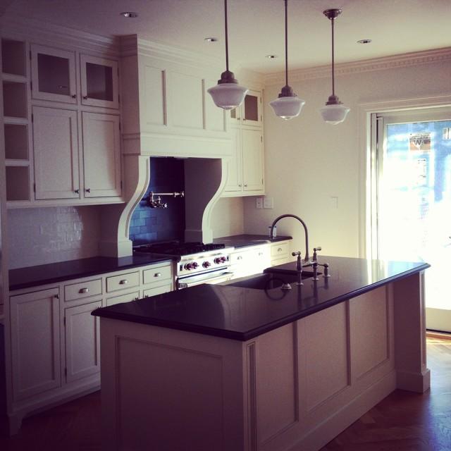 Brownstone kitchen renovation for Brownstone kitchen ideas