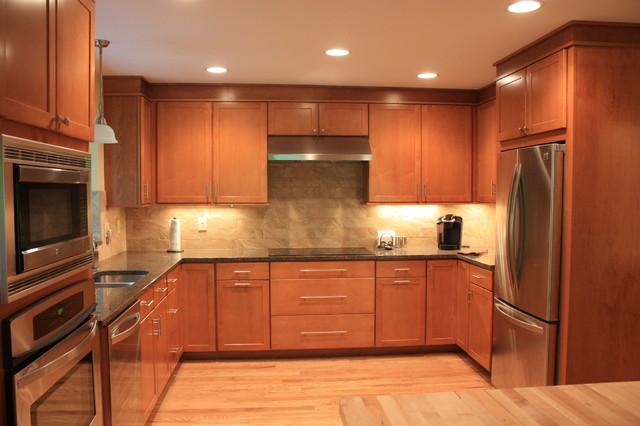 Bruder traditional-kitchen