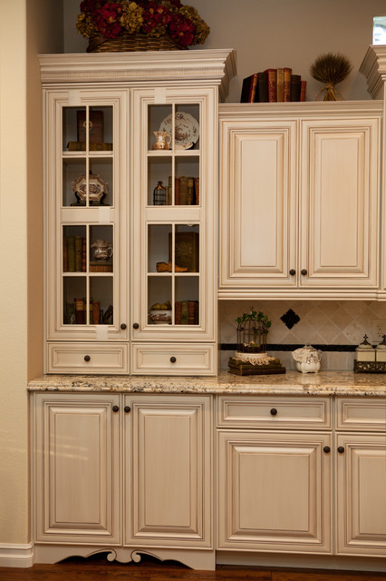 Bruno Mediterranean Kitchen Orange County By Kitchen Cabinets And Beyond