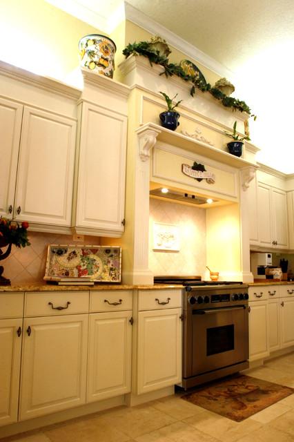 Bryant Traditional Kitchen traditional-kitchen