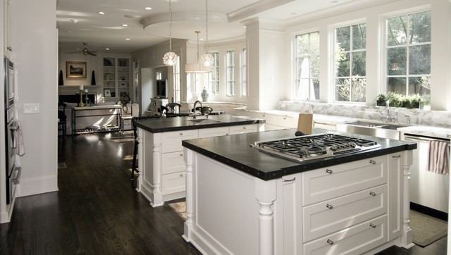 Buckhead traditional-kitchen