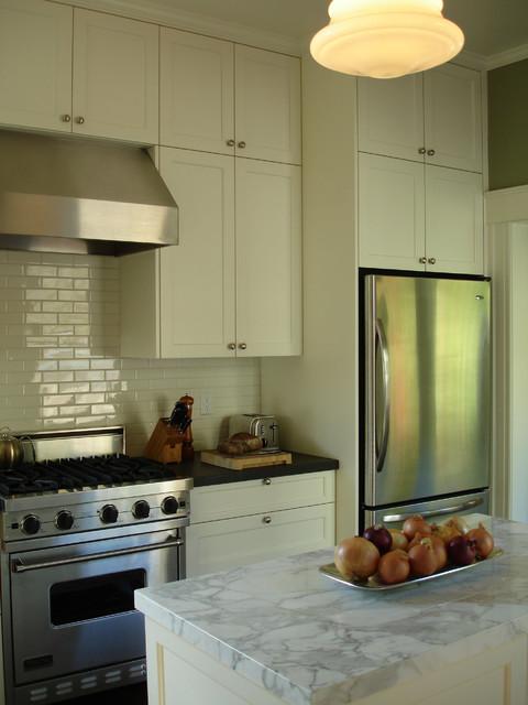 Buena Vista Kitchen traditional-kitchen