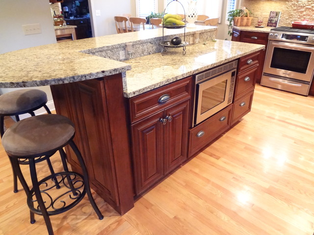 Buffalo grove kitchen with 2 tier island traditional kitchen