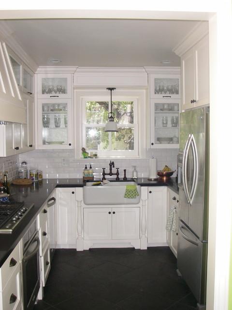 Buffington Kitchen traditional-kitchen