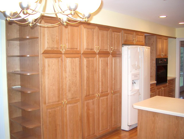 Built-in Pantry & Wall Oven