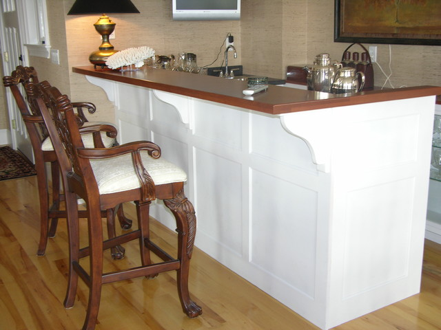 Built-In's traditional-kitchen