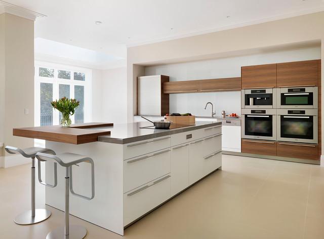 Modern Kitchen In Wiltshire.