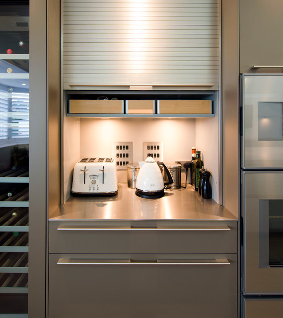 Bulthaup b3 kitchen in a new country home contemporary for Bulthaup kitchen cabinets